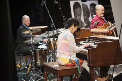 Atsuko Hashimoto on Gordon Biersch. Photo credit: Daniel Garcia
