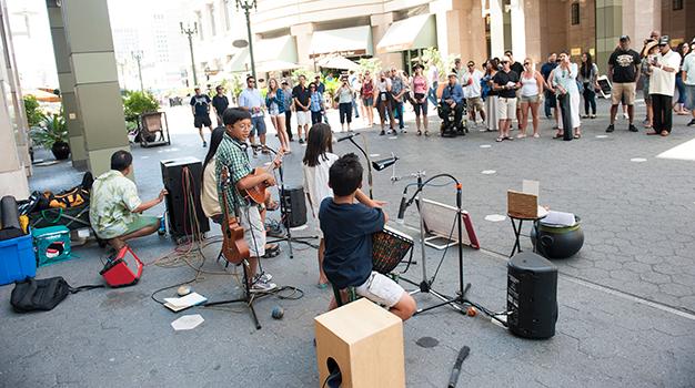 Buskers-Summer-Fest-(Daniel-Garcia)