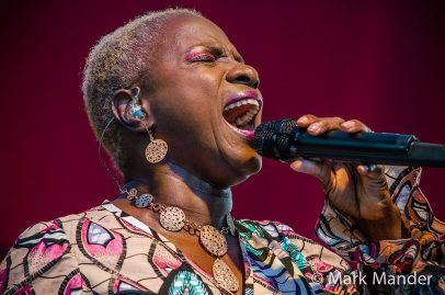 Vocalist Angelique Kidjo paid tribute to Celia Cruz and other salsa greats Saturday afternoon on the Sobrato Organization Main Stage. Photo credit: Mark Mander.